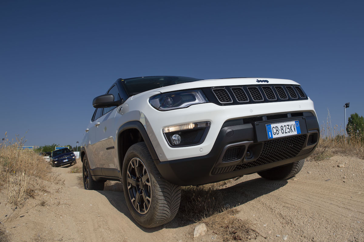 Frontal Jeep Compass GSE