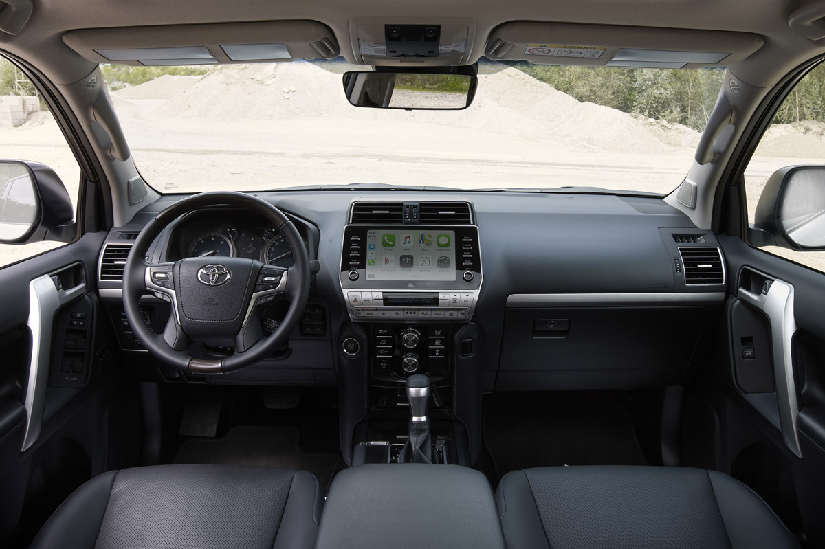 toyota land cruiser 2021 interior