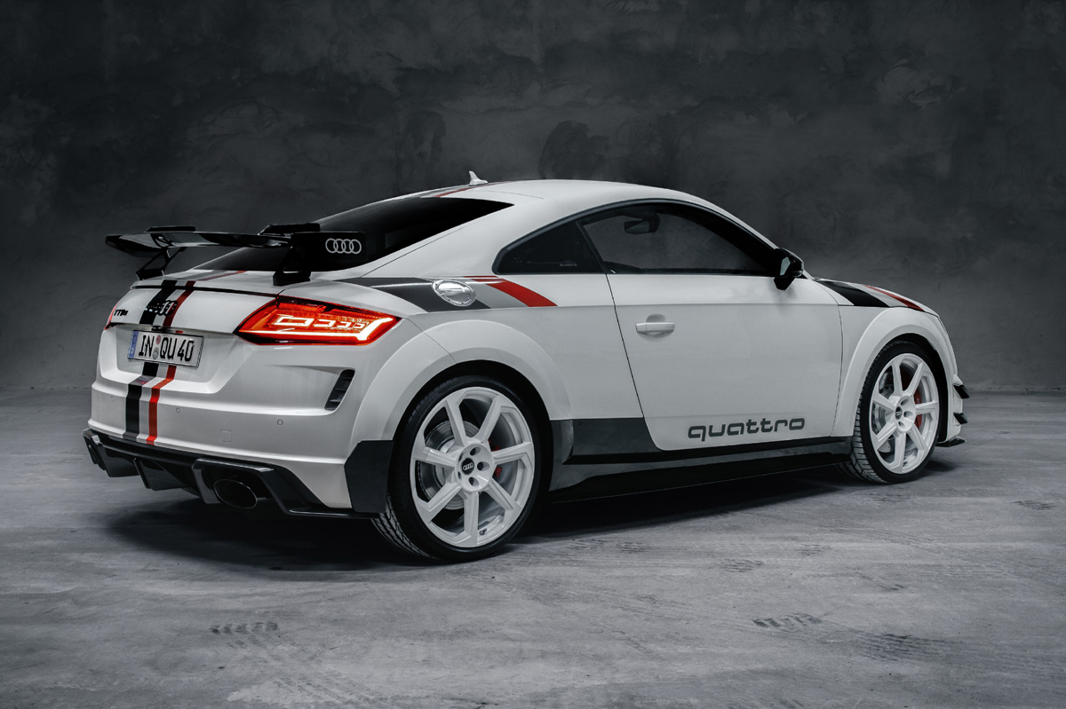 Audi TT RS 40 years of quattro zaga