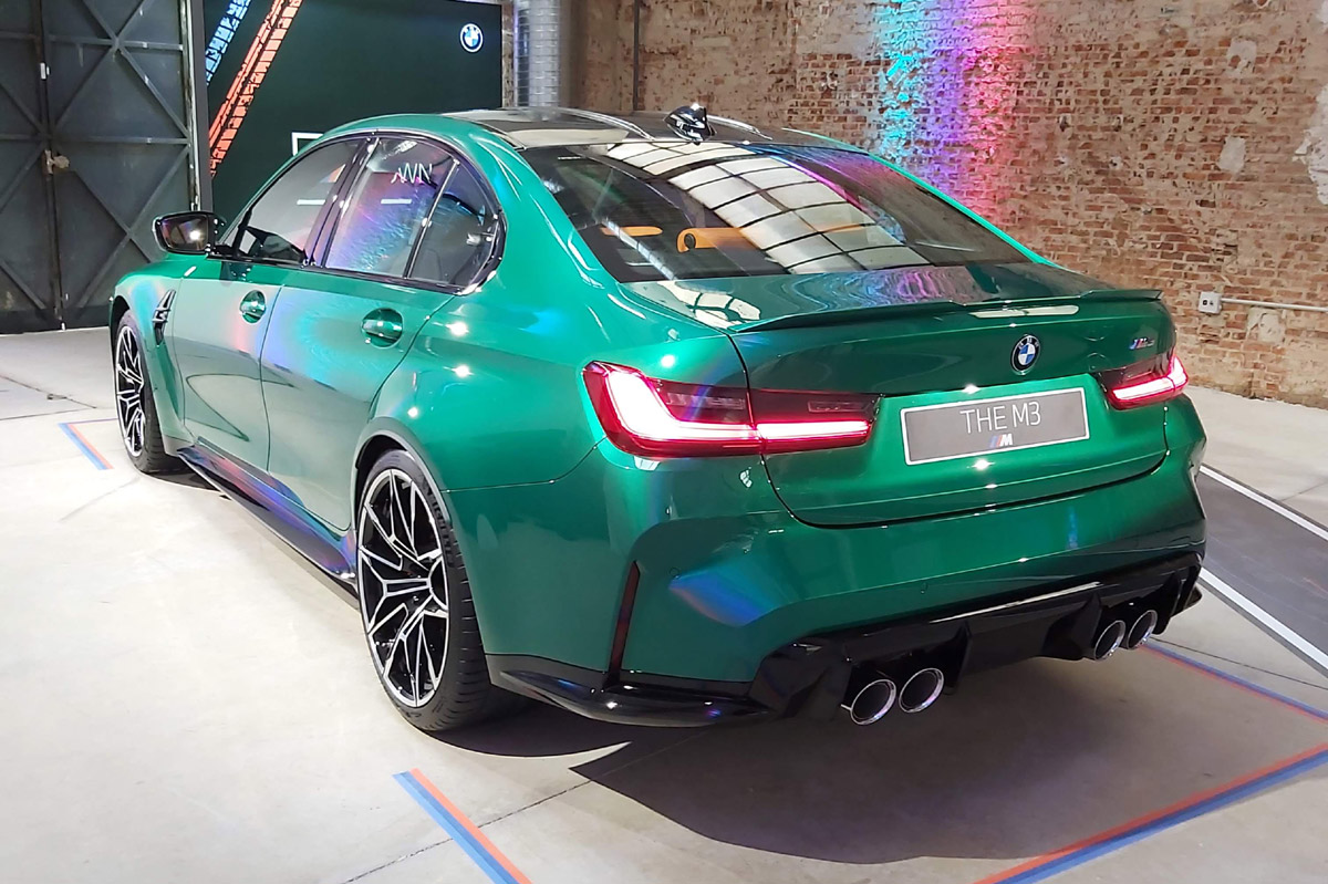 BMW M3 Competition 2021 trasera