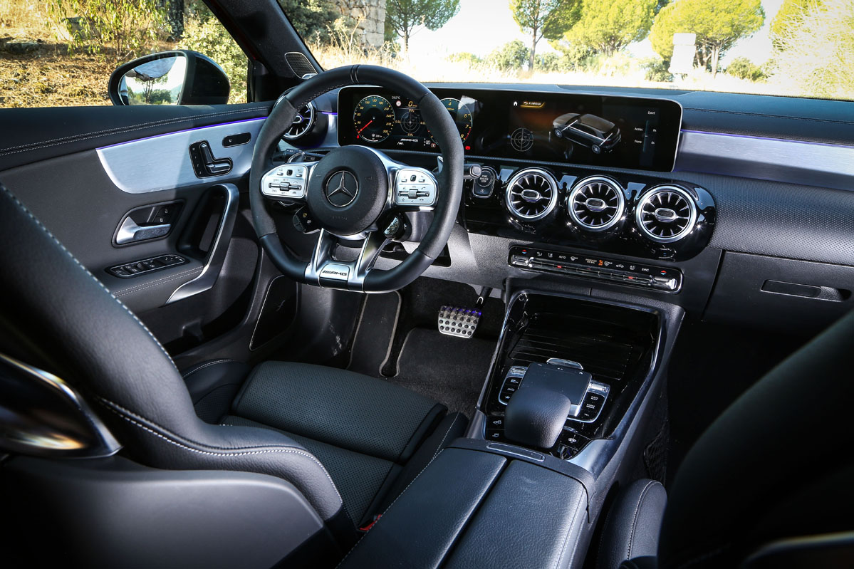 interior del Mercedes-AMG A45 S 4Matic+