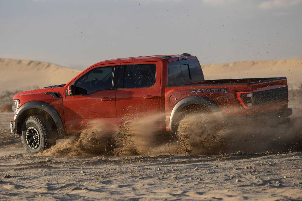 Ford F-150 Raptor 2021 lateral