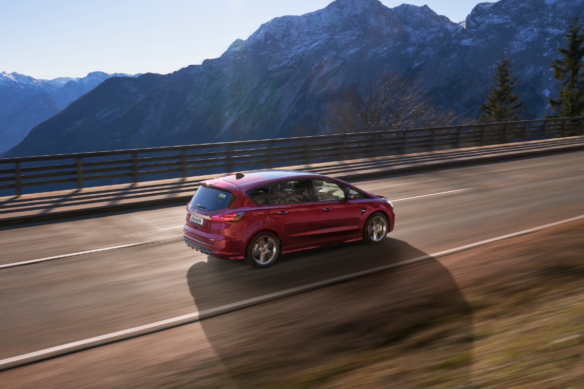 Ford S-Max Hybrid 2021 lateral