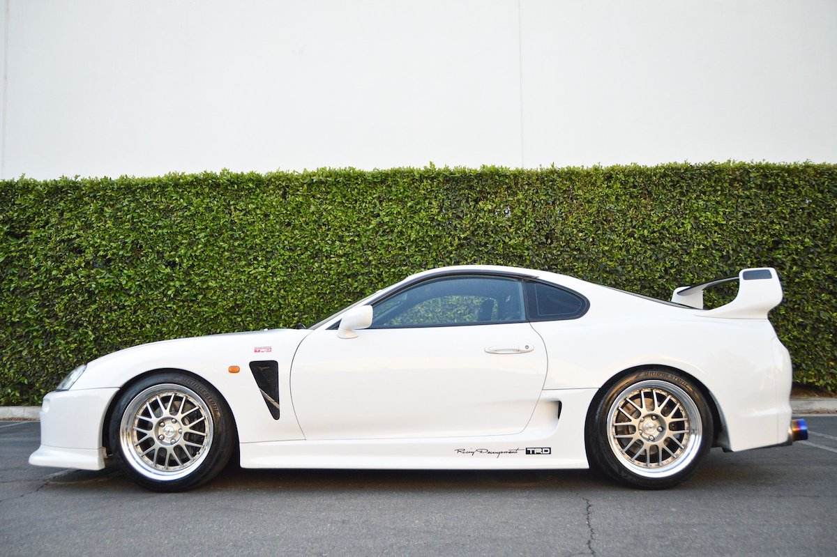 Toyota Supra widebody lateral
