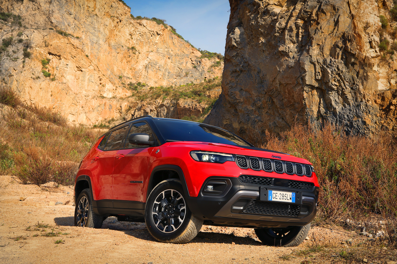 Jeep Compass 2021 restyling 3/4 frontal