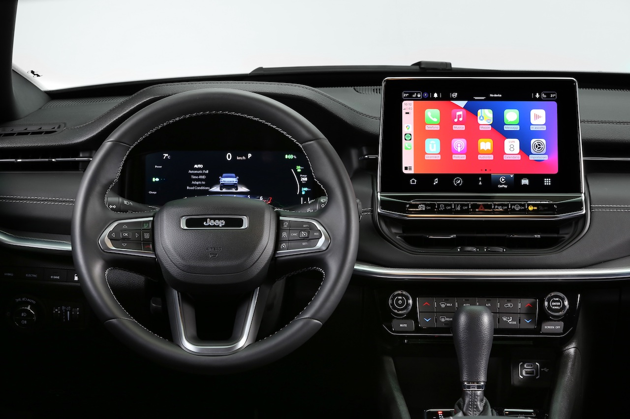 Jeep Compass 2021 restyling interior