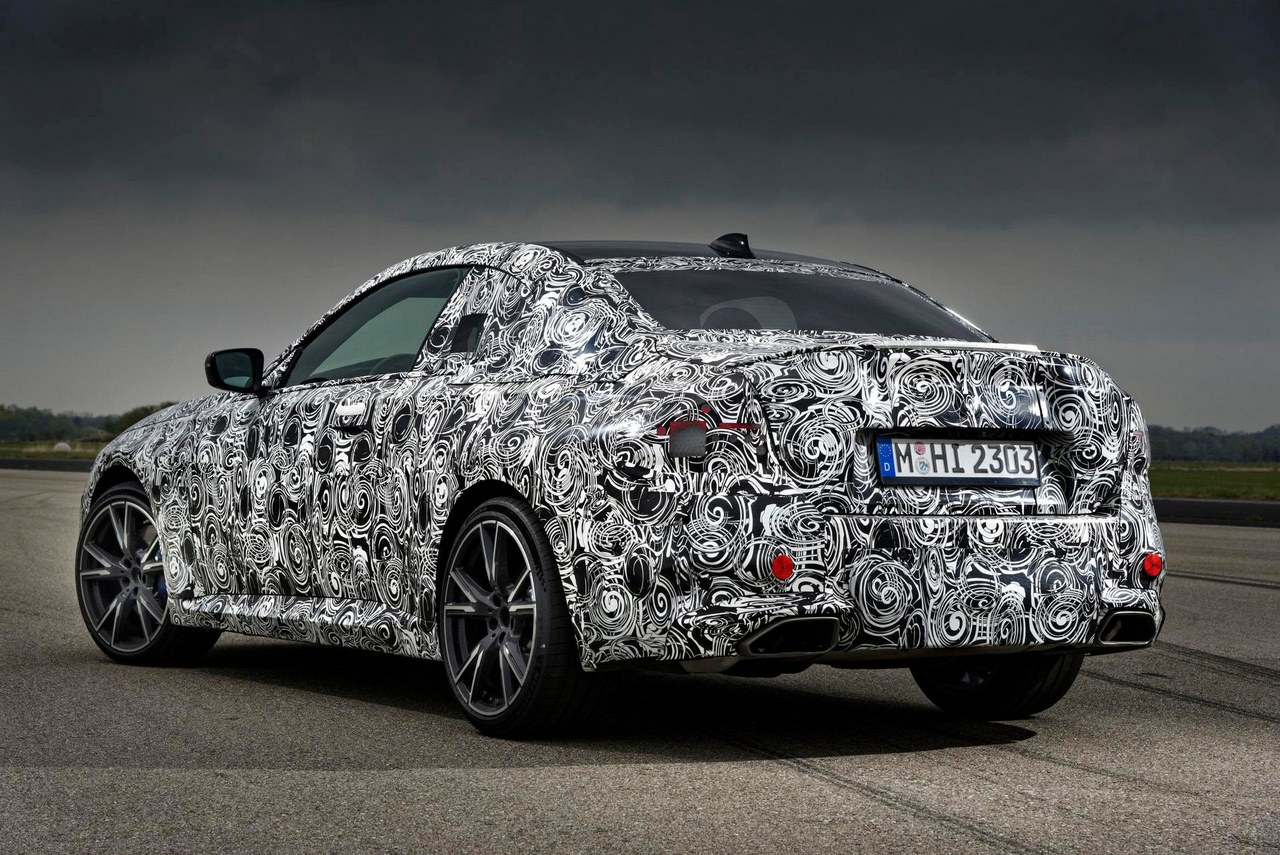bmw-serie-2-coupe-2021-trasera