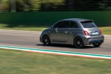 Abarth F595 lateral